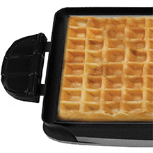 George Foreman® evolve grill system waffle plates cool touch handles gfp84wp