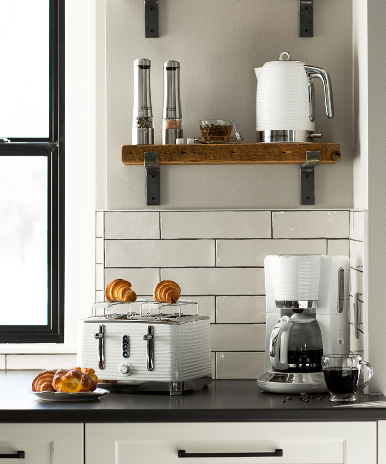 Russell Hobbs White Coventry Collection