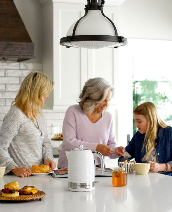 Russell Hobbs White Coventry Kettle with 3 generations making tea
