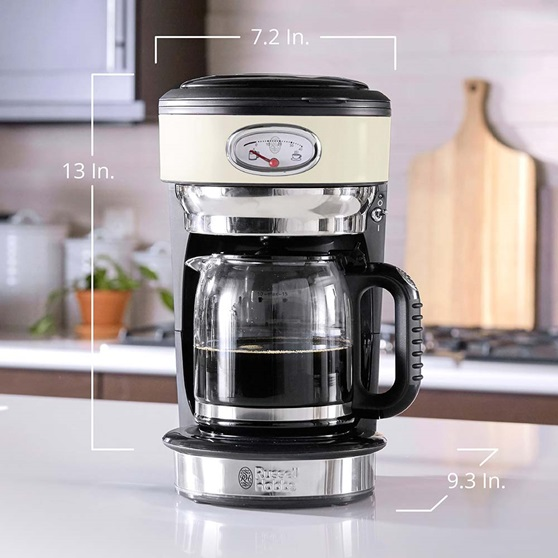 CM3100CRR Retro Style Coffeemaker in Cream - Product Scale Image