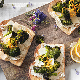 Russell Hobbs Cookery Roasted Parmesan Broccoli Toast Recipe