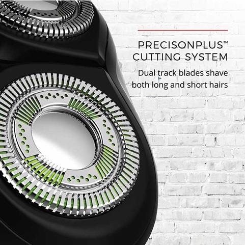 PrecisionPlus™ Cutting System - Dual track blades shave both long and short hairs