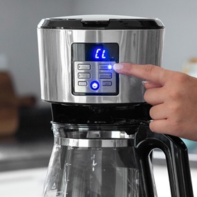 12-Cup Programmable Coffeemaker with 'Smart Clean' System automatic cleaning cycle, Stainless Steel - CM1331S
