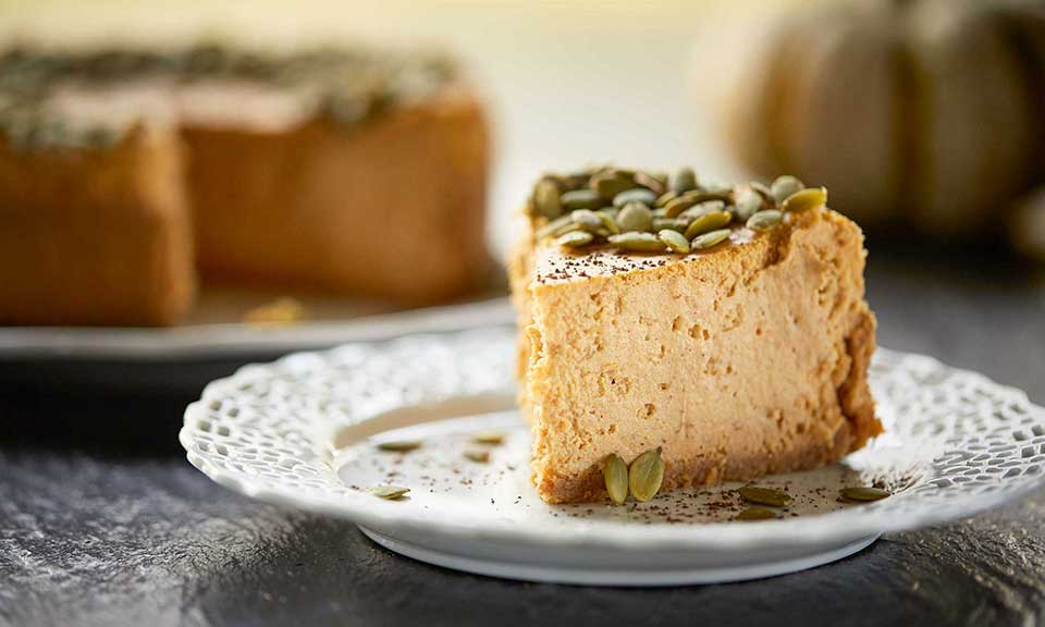 slice of pumpkin pie cheesecake russell hobbs exclusive recipe