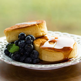 RUSSELL HOBBS Soufflé Glazed Pancakes Recipe Thumb