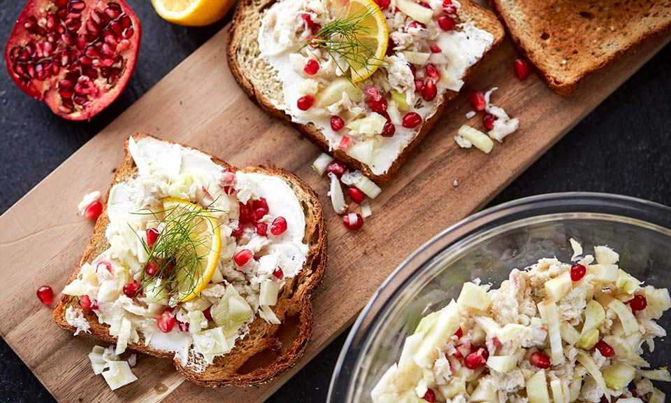 Fennel Pomegranate Crab Toast Recipe | Russell Hobbs®